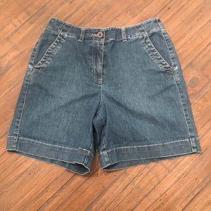Talbots size 4 stretch denim jean shorts